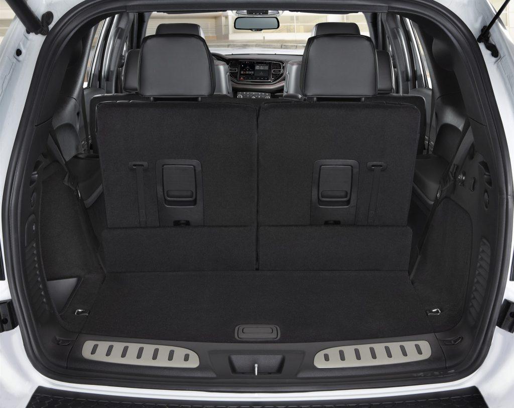 Новый Dodge Durango SRT Hellcat, багажник