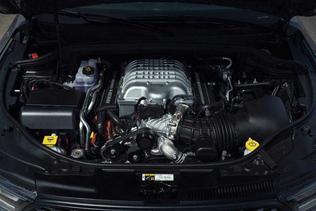Dodge Durango SRT Hellcat 2020, двигатель
