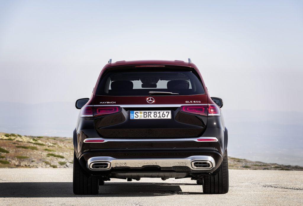 Mercedes-Maybach GLS 2020, вид сзади