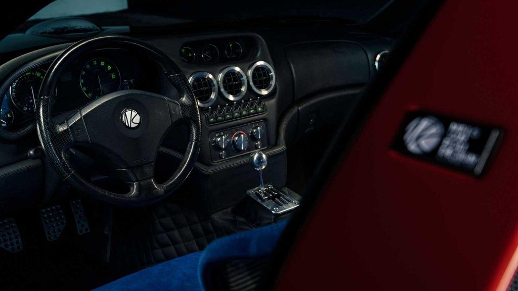 Новый Ferrari Breadvan Hommage, передняя панель