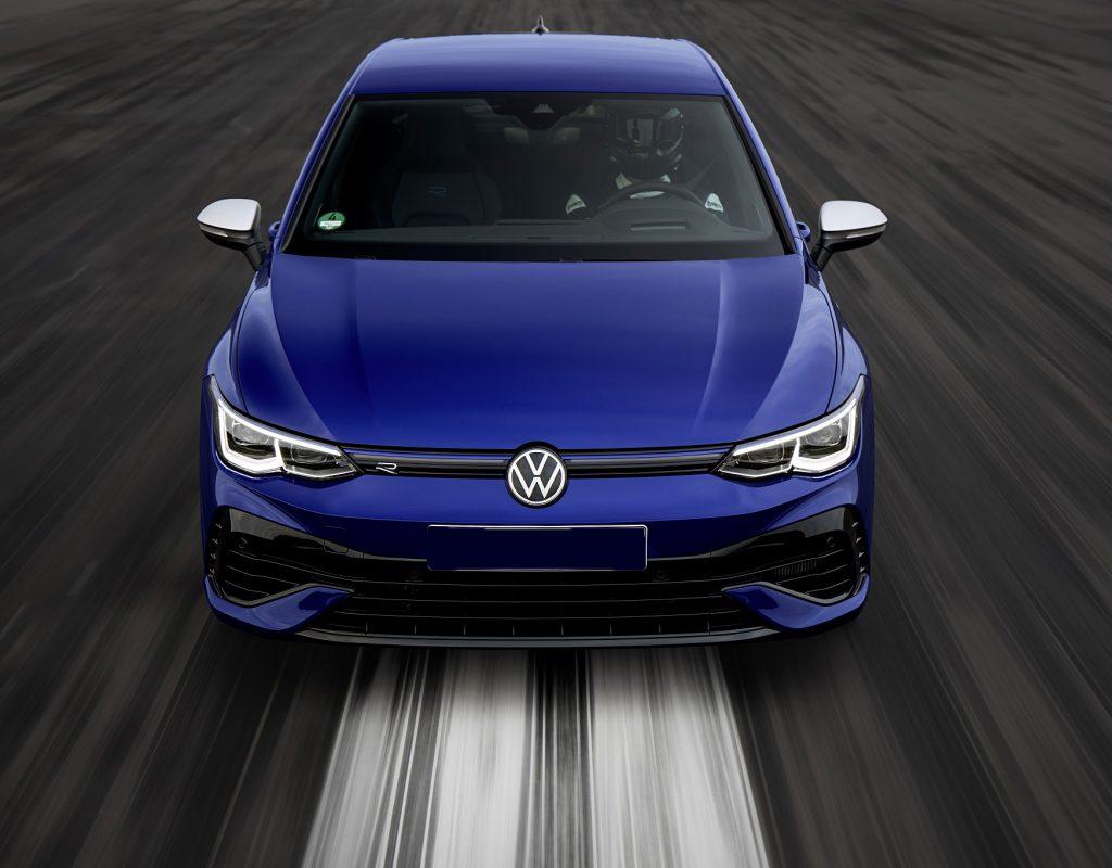 Volkswagen Golf R 2021, вид спереди