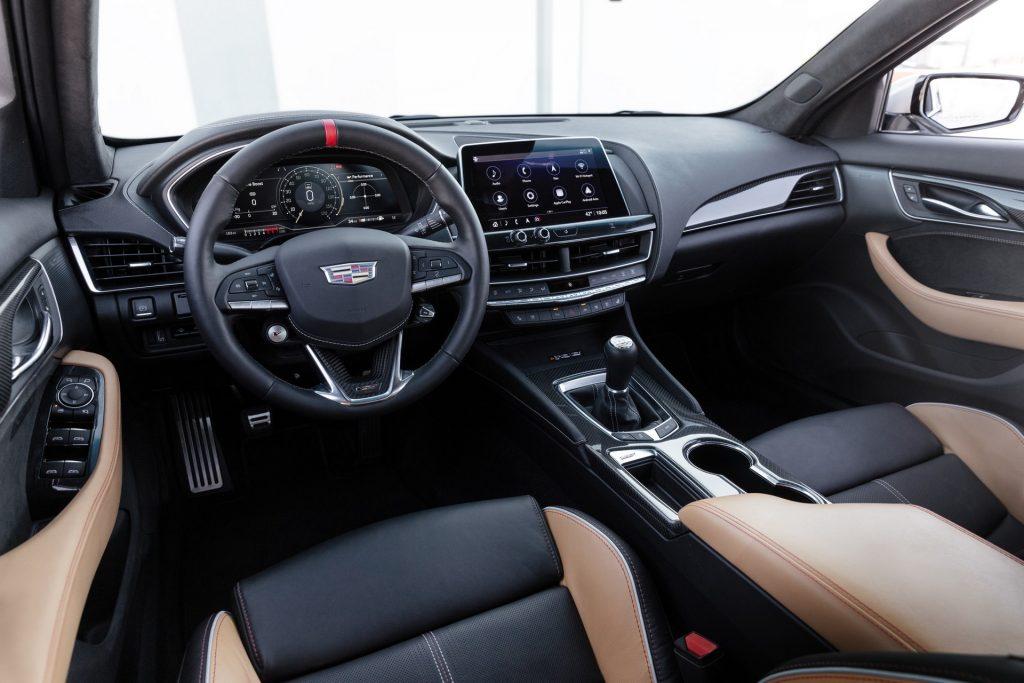 Новый Cadillac CT5-V Blackwing, передняя панель
