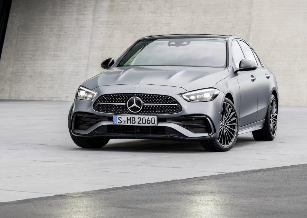 Mercedes-Benz C-Class 2021, вид спереди