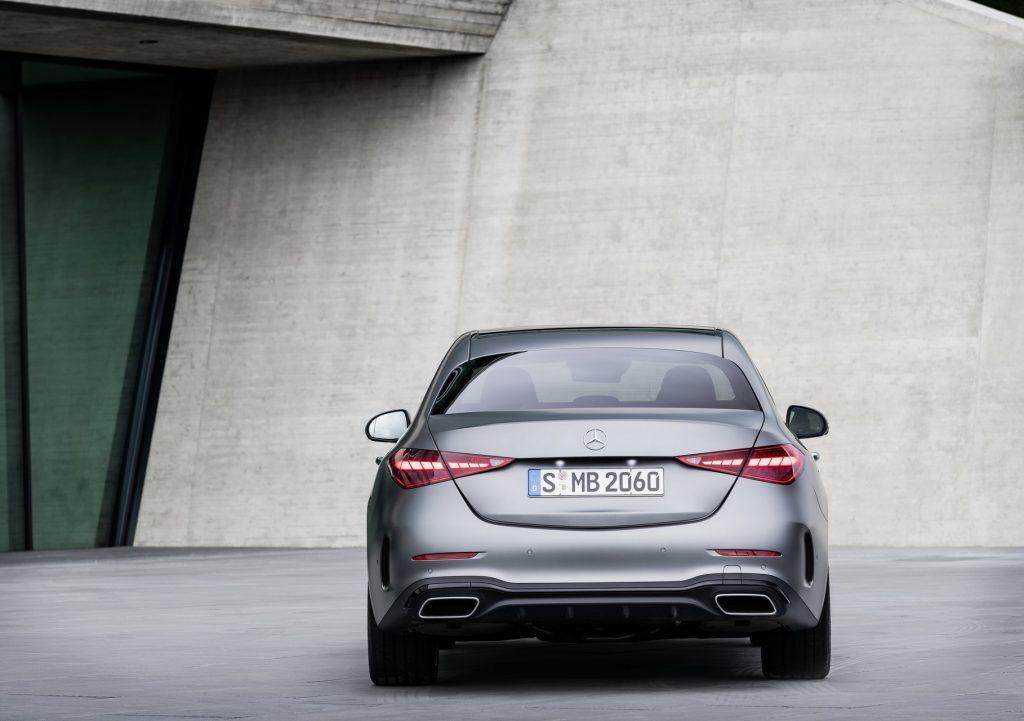 Mercedes-Benz C-Class 2021, вид сзади