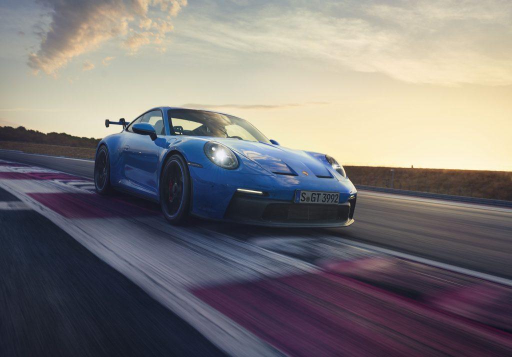 Porsche 911 GT3 2021, вид спереди