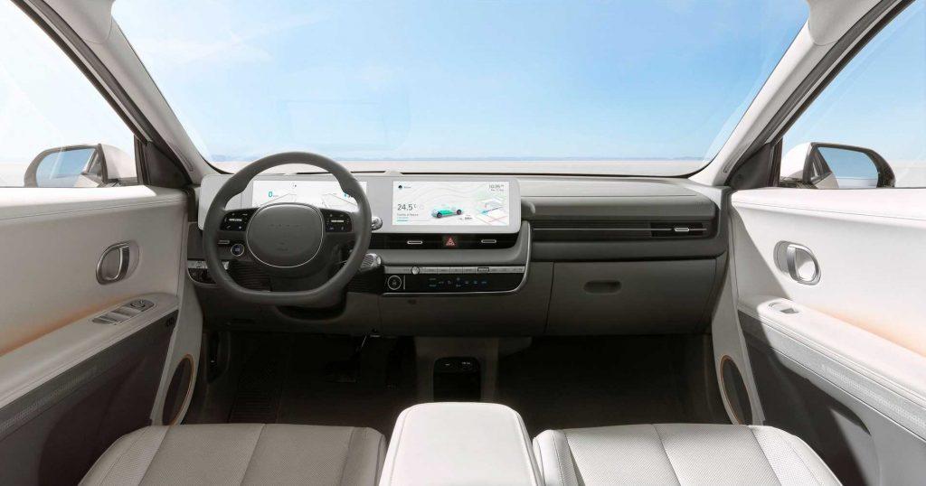 Новый Hyundai Ioniq 5, передняя панель