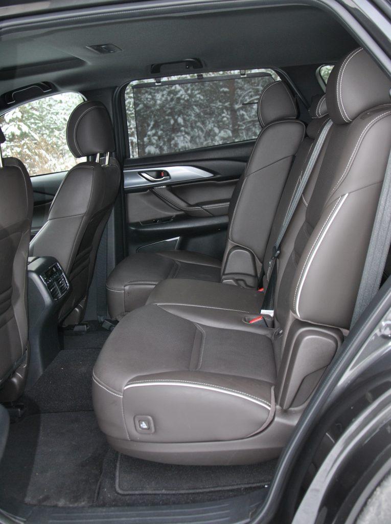 Mazda CX-9 2021, задние сиденья