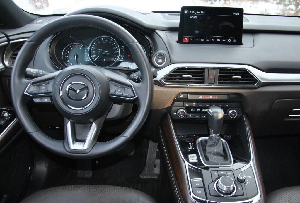 Новая Mazda CX-9, передняя панель