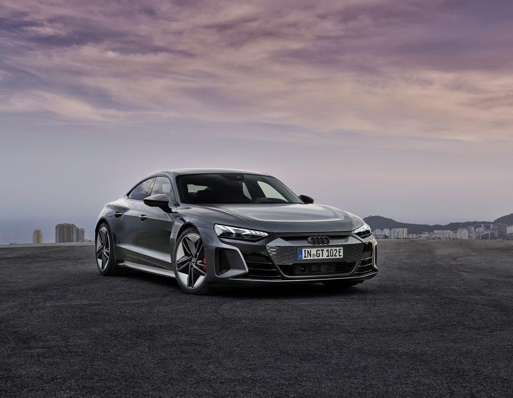 Audi e-tron GT 2021, вид спереди