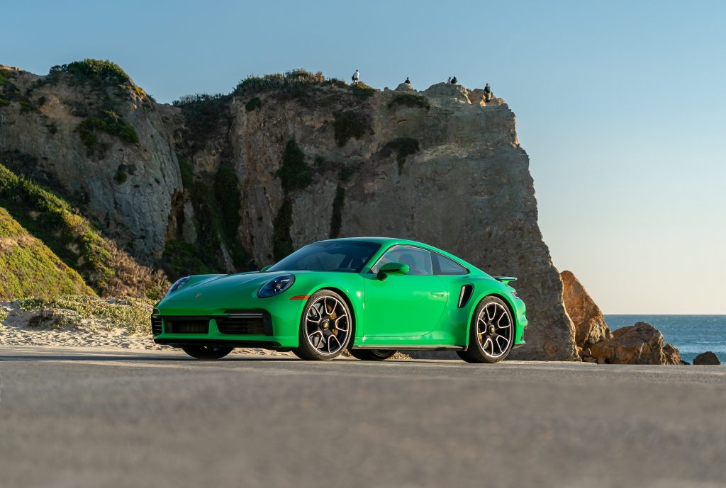 Новый Porsche 911 Turbo 2020 года
