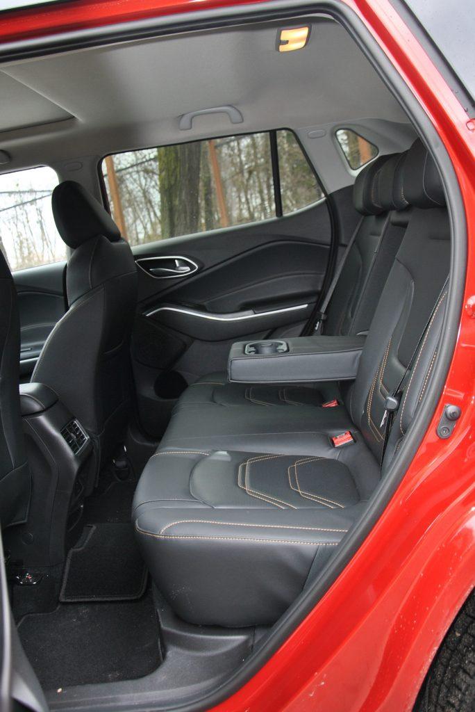 Новый JAC S4, задние сиденья
