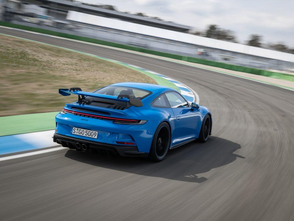 Porsche 911 GT3 2021, вид сзади
