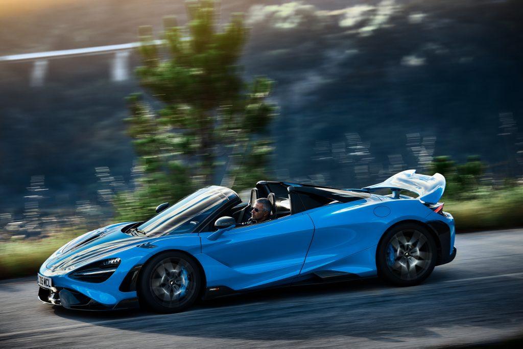 McLaren 765 LT Spider 2021, вид сбоку
