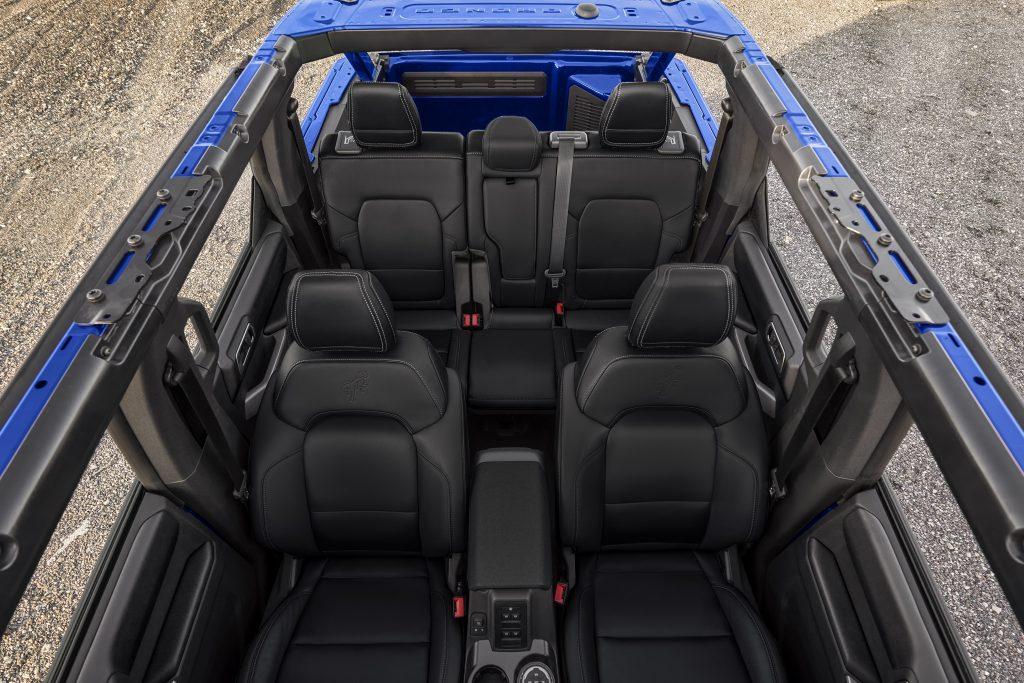 Новый Ford Bronco, салон