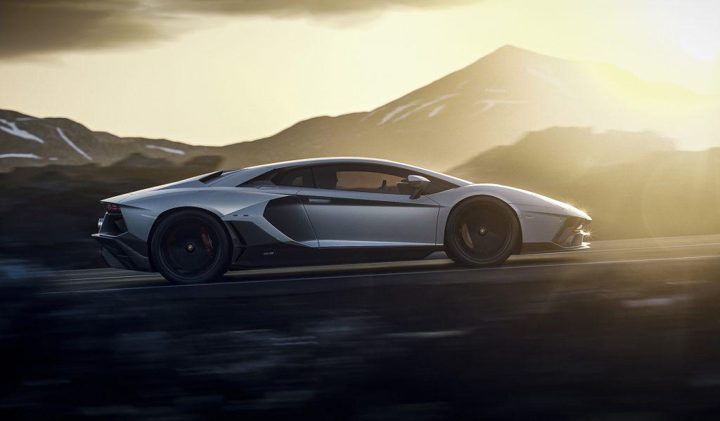 Lamborghini_Aventador_Ultimae
