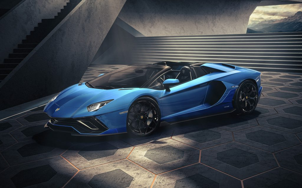 Lamborghini_Aventador_Ultimae_Roadster