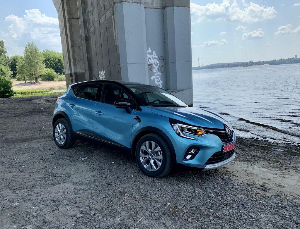 Новый Renault Captur, вид на переднюю диагональ