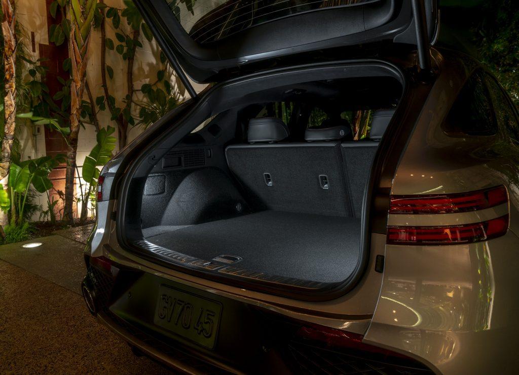 Новый Genesis GV70 , багажник