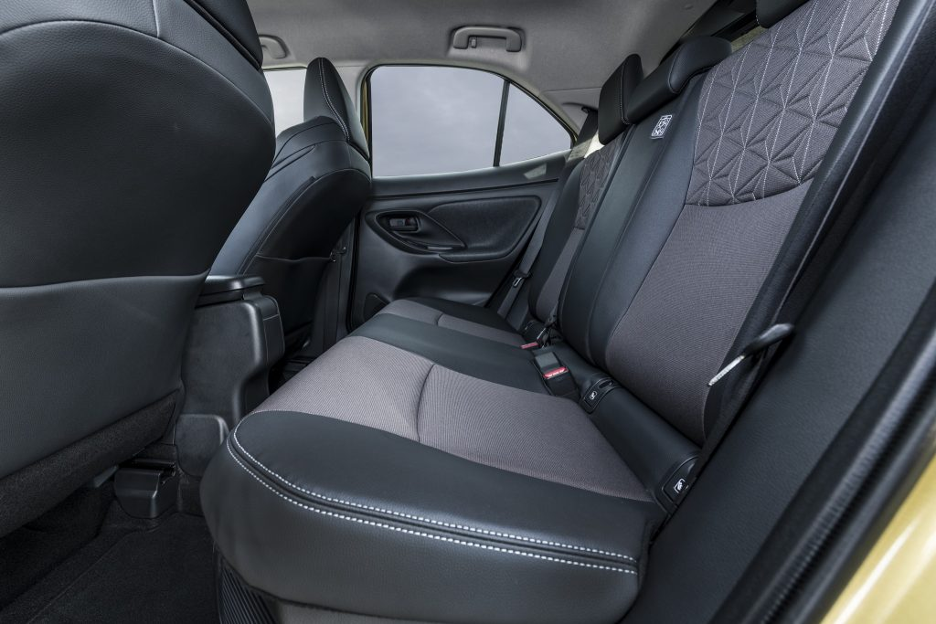 Дебютант Toyota Yaris Cross: в популярном формате